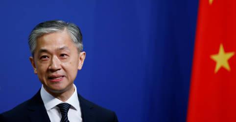 Placeholder - loading - China promete 'contra-ataque vigoroso' contra Reino Unido devido a desavenças sobre Hong Kong