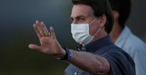 Placeholder - loading - Imagem da notícia Novo teste positivo de Bolsonaro frustra retomada de viagens e agenda positiva do governo