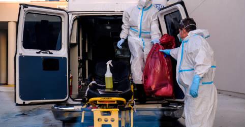 Placeholder - loading - Imagem da notícia EUA registram 2.600 casos novos de coronavírus por hora e se aproximam de 4 milhões