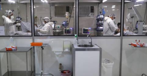 Placeholder - loading - Imagem da notícia SP culpa problema técnico do ministério por alta em casos novos de Covid-19 na 4ª