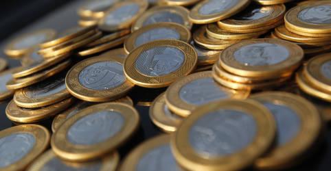 Placeholder - loading - Brasil tem superávit em transações correntes recorde para junho, de US$2,235 bi