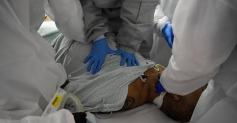 Placeholder - loading - EUA registram 10 mil mortes por Covid-19 em 11 dias e total ultrapassa 150 mil