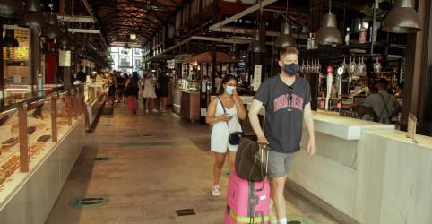 Placeholder - loading - Imagem da notícia Espanha mergulha em profunda recessão, colapso no turismo prejudica recuperação