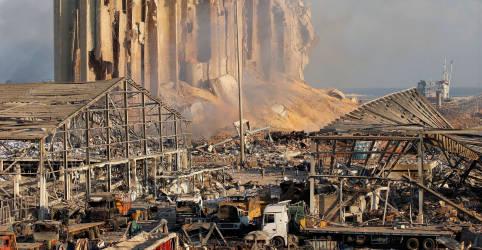 Placeholder - loading - Beirute se recupera de enorme explosão enquanto número de mortos sobe para pelo menos 135