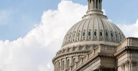 Placeholder - loading - Imagem da notícia Democratas dos EUA pedem mais negociações sobre pacote do coronavírus