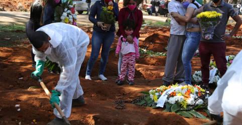 Placeholder - loading - Brasil registra 572 novas mortes por Covid-19 e total aumenta para 101.049