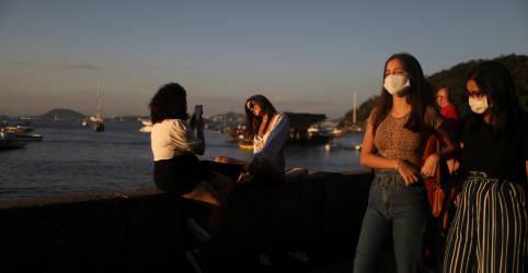 Placeholder - loading - Imagem da notícia Américas registram 100 mil casos novos de Covid por dia, diz diretora da OMS para região