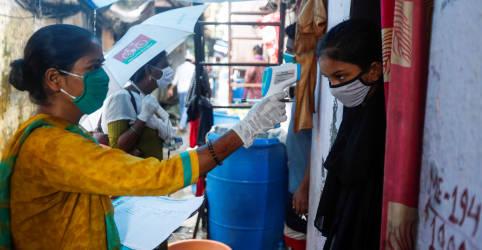 Placeholder - loading - Imagem da notícia Covid-19 se alastra fora de grandes cidades da Índia e soma mais de 50 mil mortes
