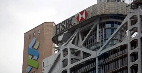 Placeholder - loading - Imagem da notícia Bancos globais buscam conter danos após divulgação de mais de US$2 tri em transferências suspeitas