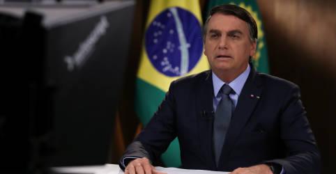 Placeholder - loading - Imagem da notícia Bolsonaro é internado em SP para retirada de cálculo na bexiga, diz boletim