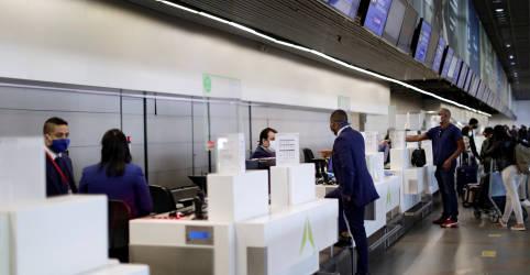 Placeholder - loading - Imagem da notícia Governo prorroga restrição de entrada de estrangeiros no Brasil por 30 dias