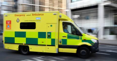 Placeholder - loading - Imagem da notícia Londres cogita usar hospital de campanha por falta de leitos