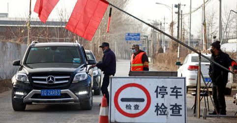 Placeholder - loading - Imagem da notícia Outra cidade chinesa entra em lockdown em meio a nova ameaça de Covid-19