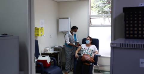 Placeholder - loading - Imagem da notícia Área técnica da Anvisa recomenda aprovação de uso emergencial de CoronaVac e vacina da AstraZeneca