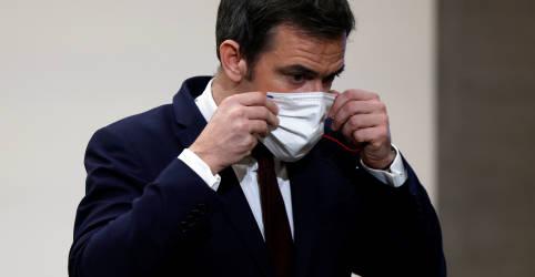 Placeholder - loading - Covid-19 ainda circula em um nível 'preocupante' na França, diz ministro