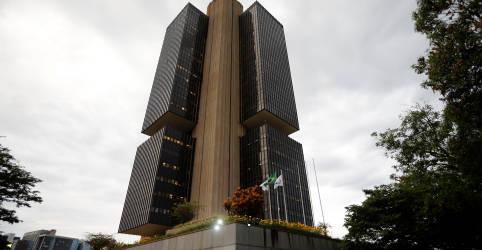 Placeholder - loading - Imagem da notícia ENTREVISTA-Com inflação de serviços à espreita, Copom deve começar a subir Selic em maio, diz ex-BC Tony Volpon