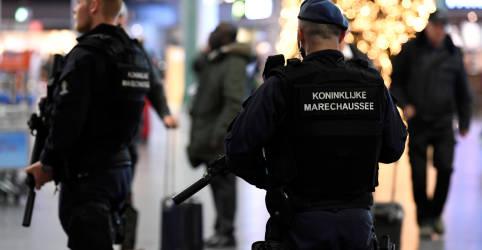 Placeholder - loading - Imagem da notícia Polícia holandesa prende suposto chefão do narcotráfico asiático