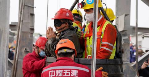 Placeholder - loading - Imagem da notícia Onze mineiros são resgatados na China após 14 dias soterrados