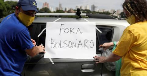 Placeholder - loading - 'Fora Bolsonaro!' falam ex-apoiadores em protestos por resposta do Brasil à Covid-19