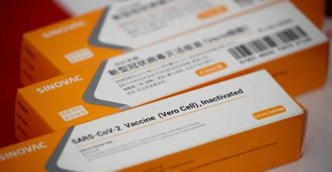 Placeholder - loading - Imagem da notícia China libera exportação de insumos da CoronaVac ao Brasil, diz Bolsonaro