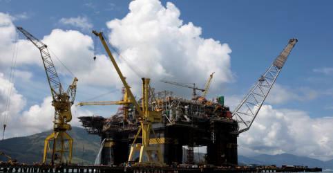 Placeholder - loading - Imagem da notícia EXCLUSIVO-Petrobras atrai asiáticos para 1ª licitação de FPSOs próprios em mais de 7 anos