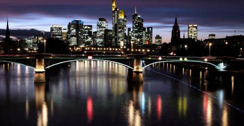 Placeholder - loading - Exportações robustas ajudam Alemanha a evitar contração no 4º tri