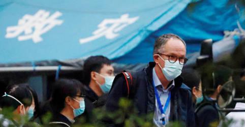 Placeholder - loading - Equipe da OMS em Wuhan visita hospital que tratou primeiros casos de Covid