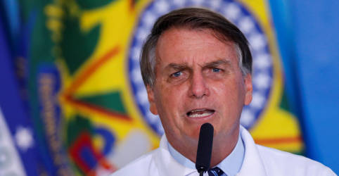 Placeholder - loading - Bolsonaro considera criar 3 ministérios se tiver aliados nos comandos da Câmara e do Senado