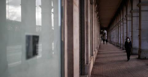 Placeholder - loading - Variante de coronavírus responde por cerca de 20% dos casos em Paris, diz executivo de hospitais