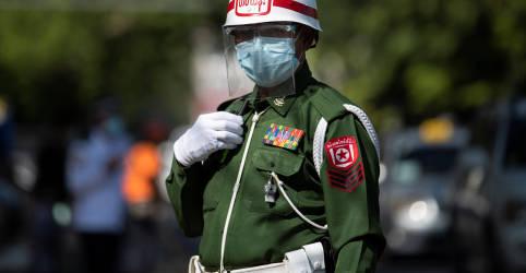Placeholder - loading - Generais de Mianmar endurecem, e partido de Suu Kyi exige libertação