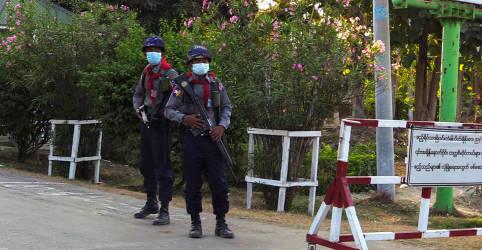 Placeholder - loading - Polícia de Mianmar apresenta acusações contra Aung San Suu Kyi após golpe