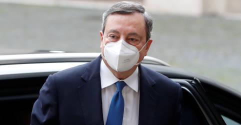 Placeholder - loading - Imagem da notícia Presidente da Itália pede para ex-presidente do BCE Mario Draghi formar governo
