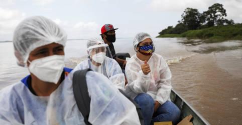 Placeholder - loading - Imagem da notícia Comunidades ribeirinhas do Amazonas comemoram início da vacinação contra Covid-19