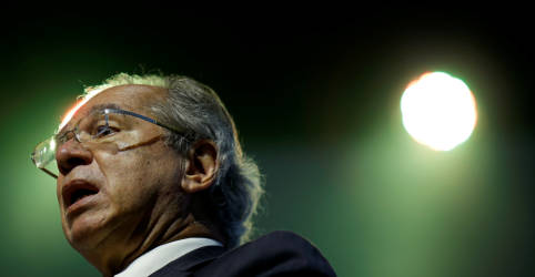 Placeholder - loading - Governo vai reverter aumento de arrecadação em desoneração tributária, diz Guedes