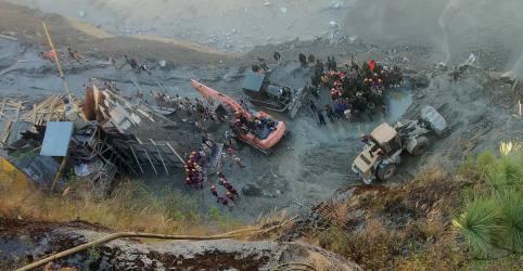 Placeholder - loading - Imagem da notícia Equipes buscam 200 desaparecidos após rompimento de geleira na Índia