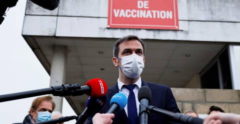 Placeholder - loading - França acertou ao rejeitar novo lockdown nacional, diz ministro da Saúde