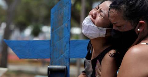 Placeholder - loading - Imagem da notícia Brasil registra 1.350 novas mortes por Covid-19 e total atinge 233.520