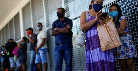 Placeholder - loading - Guedes fala em valor de R$250 para nova versão do auxílio emergencial