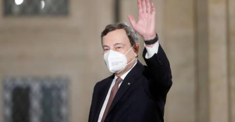 Placeholder - loading - Imagem da notícia Draghi forma novo governo italiano com políticos e tecnocratas como ministros