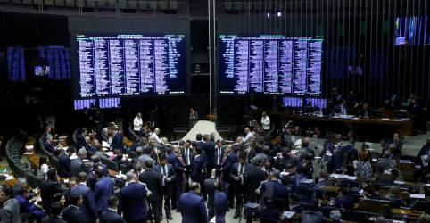 Placeholder - loading - Imagem da notícia Mesa da Câmara reativa Conselho de Ética e representa contra Daniel Silveira