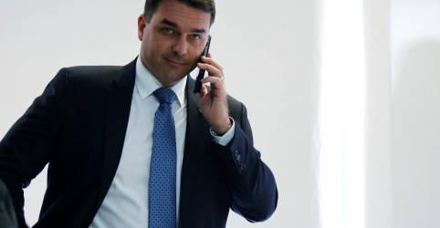 Placeholder - loading - STJ anula quebra de sigilos bancário e fiscal de Flávio Bolsonaro