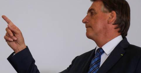Placeholder - loading - Imagem da notícia Bolsonaro diz que sanção de autonomia do BC não é resposta ao 'caso Petrobras'