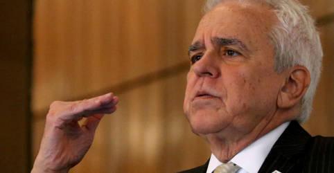 Placeholder - loading - Imagem da notícia Diretoria da Petrobras contribuirá para troca de comando 'suave e eficiente', diz CEO