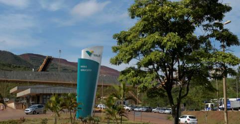 Placeholder - loading - Vale mantém meta de produção de minério de ferro em 2021 em 315-335 mi t
