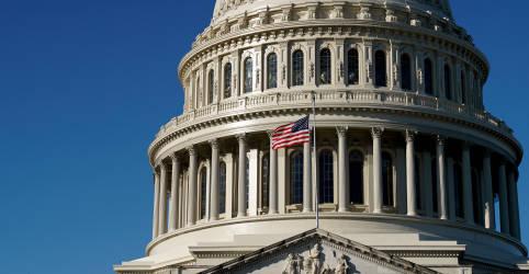 Placeholder - loading - Imagem da notícia Biden obtém vitória legislativa após Câmara aprovar pacote de alívio de US$1,9 tri