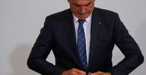 Placeholder - loading - Imagem da notícia Em encontro com Pfizer, Bolsonaro fala em fechar contrato por 'agressividade' do vírus no Brasil