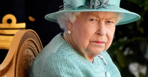 Placeholder - loading - Imagem da notícia Rainha Elizabeth se diz entristecida com experiências relatadas por Harry e Meghan