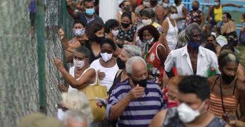 Placeholder - loading - Imagem da notícia Brasil deve ter vacinas da Covid para 6% em março, em ritmo mais lento que prometido