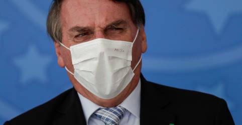 Placeholder - loading - Imagem da notícia Bolsonaro escolha médico Queiroga para Saúde e fala em continuidade de gestão Pazuello