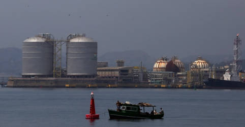 Placeholder - loading - Imagem da notícia Câmara aprova Lei do Gás e rejeita emendas; texto vai para sanção presidencial